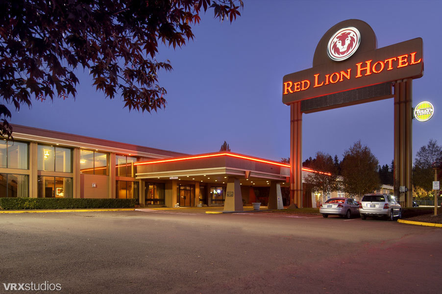 Hotels and other lodging in and near mount st helens for Aladdin motor inn portland
