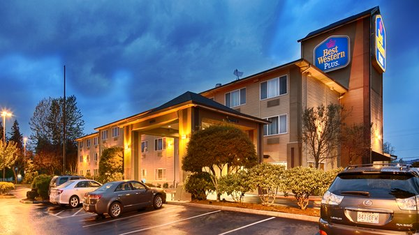 Best Western Rama Inn and Suites